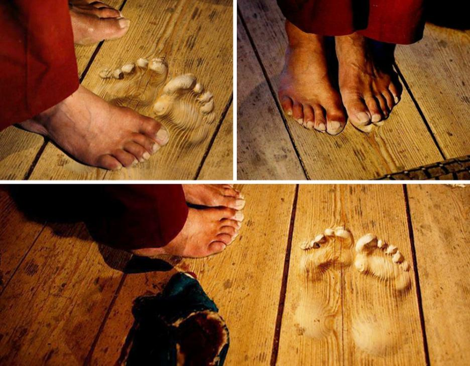 monkfootprints