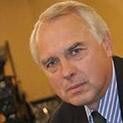 Пенсионери застават до Велизар Енчев, искат го за президент