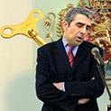 Коментар: Президентът ритуално обърна гръб на Русия