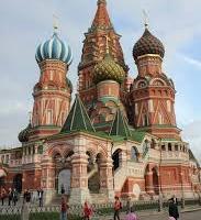 Читателят спори: Омръзна ми да слушам за добрият Запад и лошата Русия