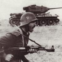 """Спомени на кашика: Атака с """"Калашников"""" и противогаз – като в истински бой"""
