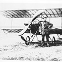 Ретро: Софиянци освиркали пилот, паднал с аероплана си