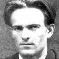 Вапцаров - трън в очите на няколко поколения литературни мижитурки