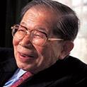 Уникално: Най-старият лекар в света издаде рецептата си за здраве и щастие