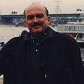 Спомен: Героят на соцтруда Карауланов не се смее на шегите на началството