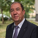 Д-р Димитър Тасков, офталмолог: Не чакайте пердето да узрее, за да пристъпите към операция