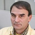 Фронтално: На Гого Папионката пак му е крив Вапцаров