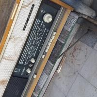 Обява: Подарявам радиоапарат ВЕФ