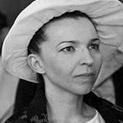 Само в Наборе.бг: Людмила Живкова тайно се подмладявала в Букурещ