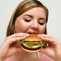 Килограми: Как стресът влияе на теглото ни?