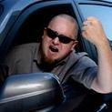 Да си го кажем: Стресираният човек избива комплекси с лудо шофиране