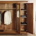 Как да подредим гардероба?