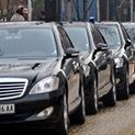 В Сърбия намаляват служебните автомобили с 50 % – у нас всяка въшка я вози НСО или държавна кола