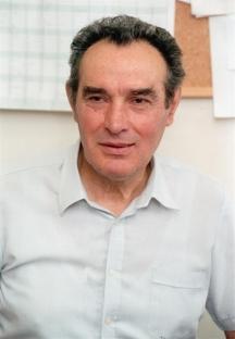Секретарят по идеологията на ЦК на БКП проф. Стоян Михайлов