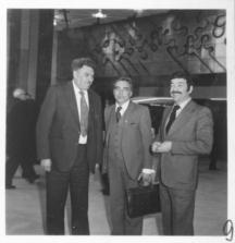 Отляво надясно: Ради Кузманов, герой на социалистическия труд, Любомир Кабакчиев и Христо Христов, режисьор.