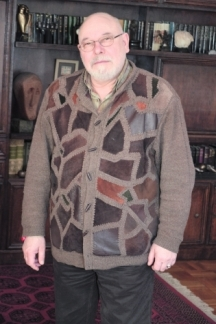 Романистът Владимир Зарев има и няколко книги по езотерика
