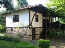 Родната къща на Първия в Правец