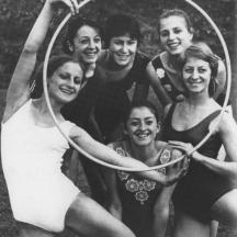 С приятелките и съперничките - Мария е най-вляво