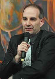 Микрофонът на Петър Волгин също не се харесва ва всички