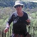 """Александрина Шаханова е родена на 29 ноември 1937 г. в Пиргово, Русенско, където е завършила и основното си образование. През 1955 г. завършва Търговската гимназия в Русе, а през 1965 год. – българска филология в Софийския университет. Повече от 30 години е била преподавател по български език и литература в гимназиалния курс. През 1975/76 г. е преподавала детска литература в Институт за детски учителки в Русе. Защитила е последователно II клас квалификация /1982/ и I клас квалификация /1989/. Носител на длъжностно звание """"старши учител"""". Има публикации в централния периодичен печат – сп. """"Родна реч"""", """"Български език и литература"""", в сборници на научни институти, антологии и алманаси. Нейни публицистични и поетични творби са помествани във вестниците """"24 часа"""", """"Русенски спектър"""", """"Уикенд"""", """"Ретро"""", """"Минаха години"""", """"Златна възраст"""". С литературно-критически статии в помощ на гимназистите е сътрудничила на русенските печатни издания """"Денница"""" и """"Русе 22"""". Автор е на книгите """"Учебен анализ или прочит на лунна светлина"""" /2006/ и """"Аналекта"""" /2007/."""