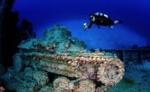 В лагуната Трук често се спускат водолази