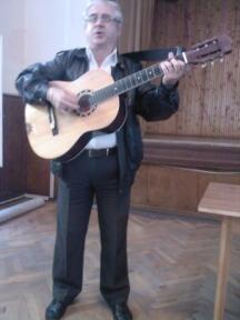 Изпълнителят на руски песни Милен Тотев