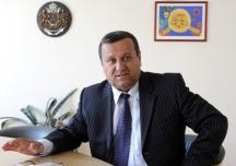 Социалният министър Хасан Адемов