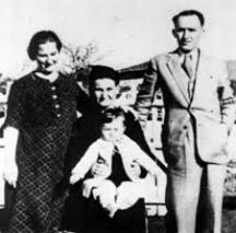 Тодор Живков, Мара Малеева, свекървата баба Маруца и малката Людмила