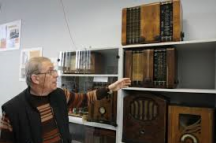 Захари Миленков в Музея на радиото.