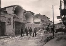 """Площад """"Баждарлък"""" след бедствието."""