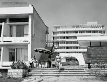 Един от първите хотели в курорта