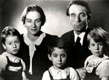Семейство Кисимови в пълен състав