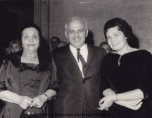 Тодор Живков между двете големи дами на родната поезия - Дора Габе и Елисавета Багряна