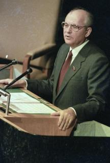 Михаил Горбачов споменал българската пророчица в една своя реч