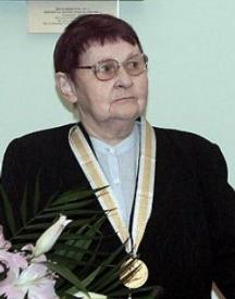 Проф. Дина Станишева - майката на лидера на БСП