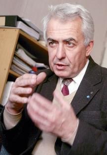Проф. Лъчезар Филипов