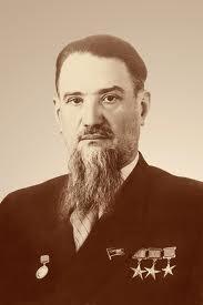 """""""Бащата"""" на бомбата акад. Курчатов"""