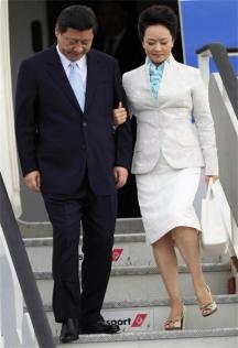 Първата дама на Китай със съпруга си президента Си Цзинпин
