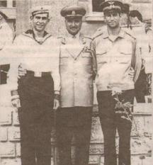 Добри Джуров със синовете си Спартак (вляво) и Чавдар