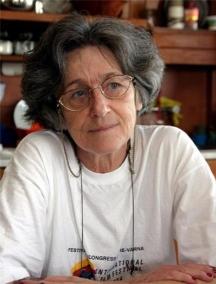 Дъщерята на генерала - кинорежисьорката Иванка Гръбчева, вече покойник.Снимка - в.