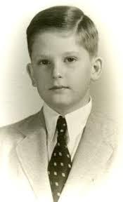 Малкият Симеончо в първите години, след като напуска България.