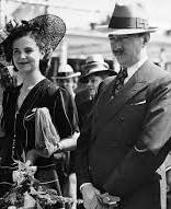 Албанското кралско семейство - Ахмед Зогу и съпругата ми.
