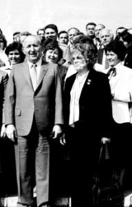 Тодор Живков и Митка Гръбчева по време на един от партийните конгреси