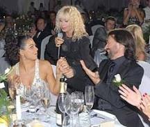 На сватбата на Николай и Евгения Баневи пя и Лили Иванова