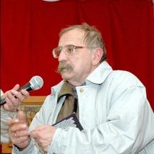 Илия Зайков е роден на 16.09.1944 г. в с. Брестник, Пловдивско, едно от най-маврудовите български села на България. Работил в сп.