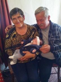 Със съпругата му Елена са щастливи баба и дядо
