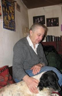 Цветана Гълъбова с кучето си Арчи