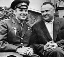 Корольов заедно с първия космонавт в света Юрий Гагарин