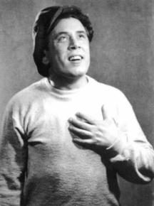 Георги Калоянчев е един от създателите на Сатиричния театър