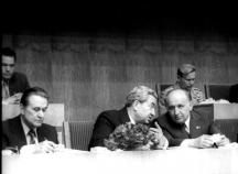 Борис Велчев (вляво) дълго време бе вторият човек в държавата и партията